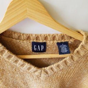 GAP Sweaters - Gap wool Vneck sweater